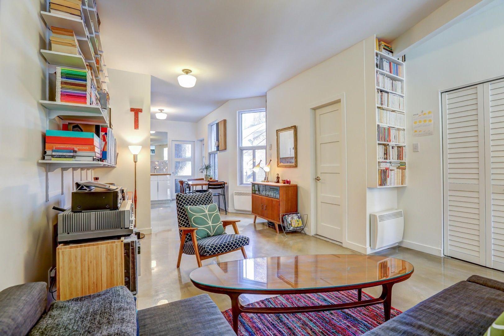 Condo Chalet Ou Maison A Vendre Avec Un Courtier Immobilier Home Remodeling Kitchen Remodel Home Decor