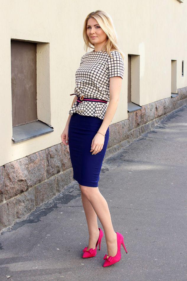 Shirt: Zara / Skirt: Zara / Belt: Lindex / Shoes: Carvela
