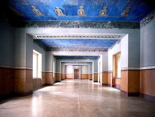Candida Höfer, Neues Museum de Berlín XXV