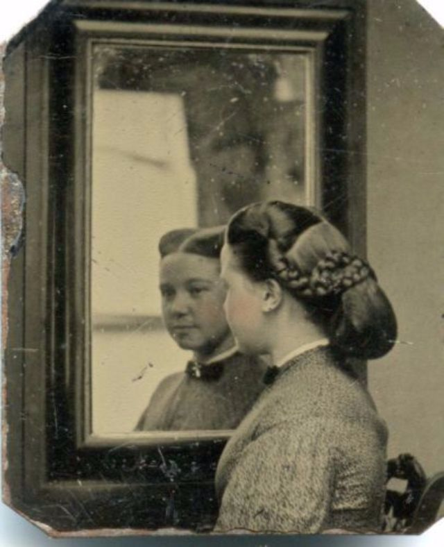 Vintage Everyday Victorian Women Hairstyles One Of The Most Uncomfortable Fashions All Times