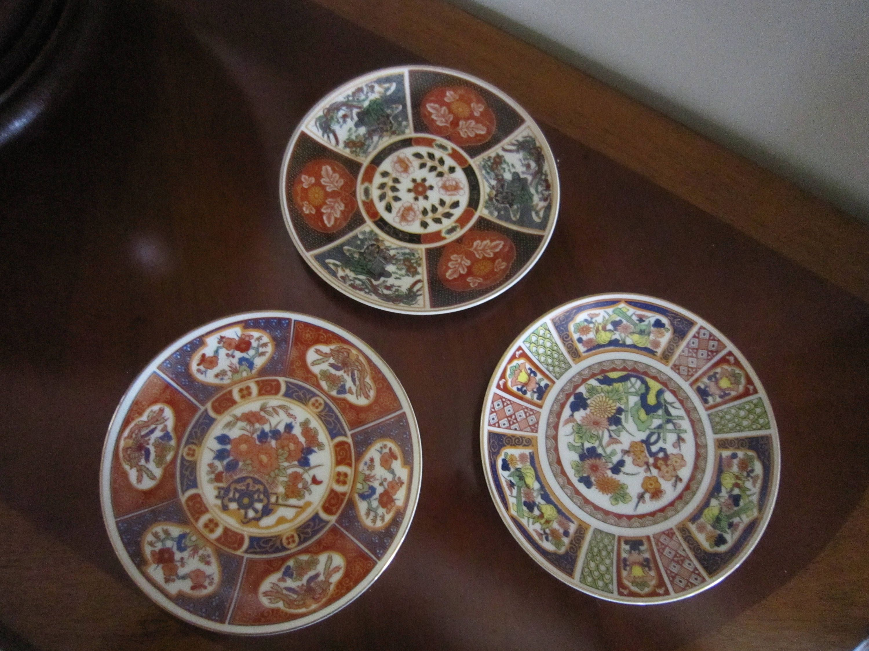 Imari Wall Plaques Set of 3 Made in Japan Decorative Plates Asian & Imari Wall Plaques Set of 3 Made in Japan Decorative Plates ...