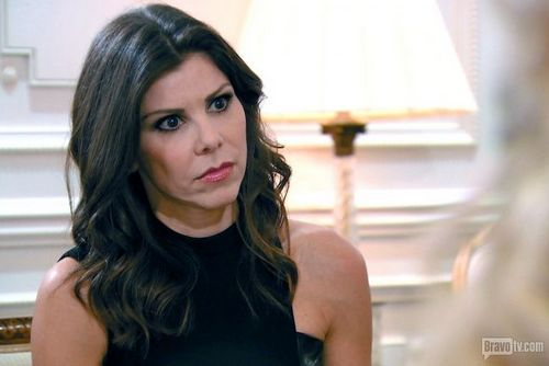 Heather Dubrow Told Tamra Barney To Pick A Lane Not Pick A Side Reality Tea Hair Tamra Barney How To Look Pretty