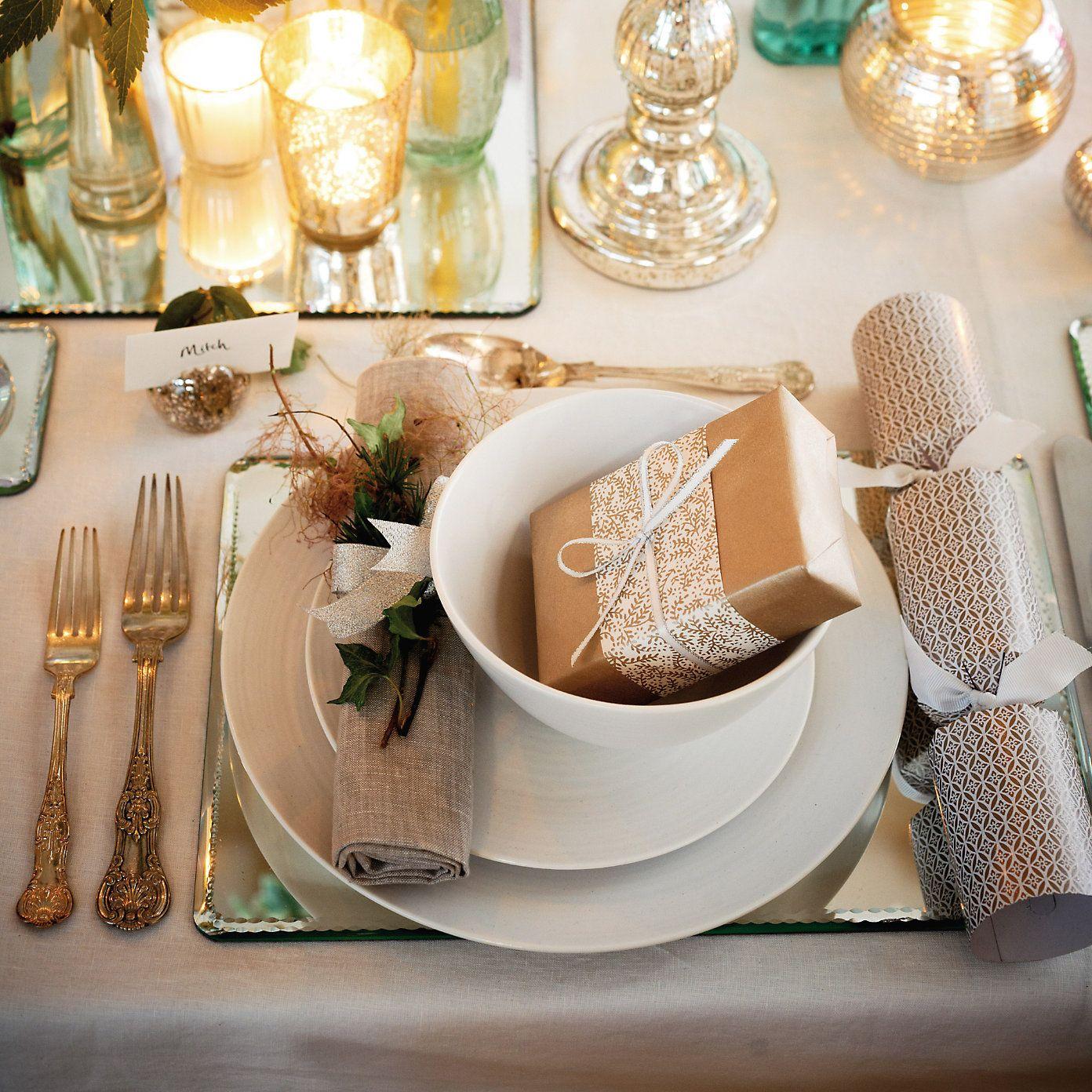 Christmas Table The White Company Christmas Table White Christmas Decor Christmas Crackers