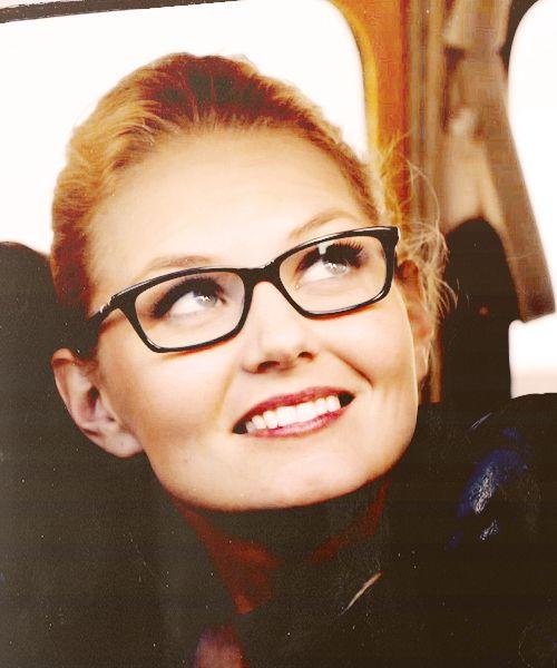 3641783c2df Jennifer Morrison New Glasses