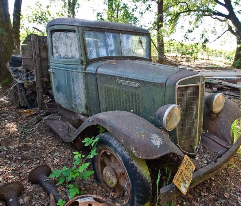 Pin By Tim On Crashed - Abandoned Old Cars