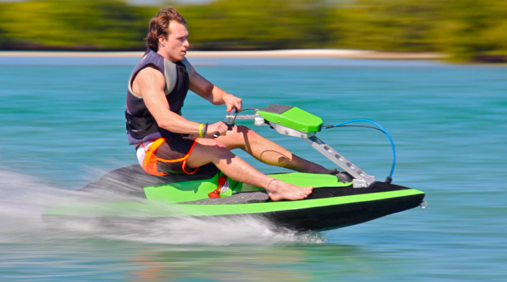 Modular BomBoard carves through waves and stows in your trunk