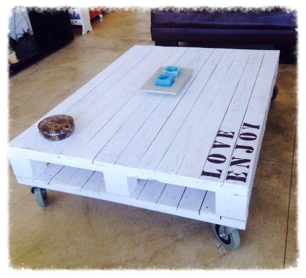 Mesa ratona de pallet con ruedas frase mudanza tips - Ruedas para mesas ...