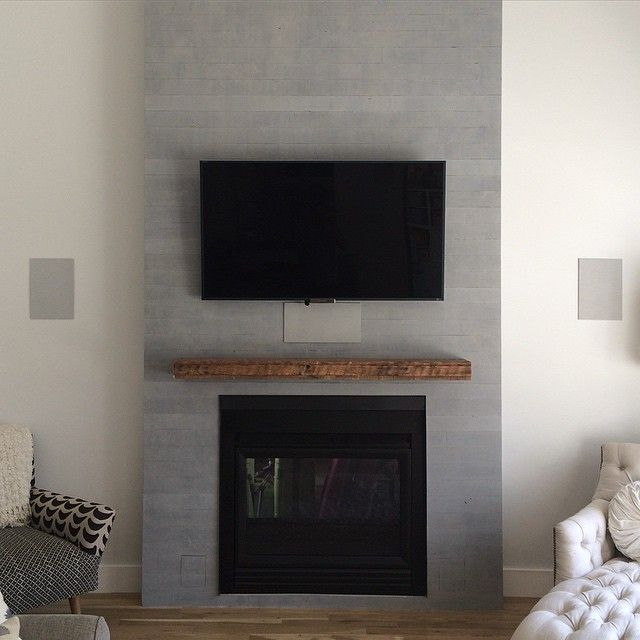 Concrete Fireplace W Reclaimed Wood Mantel Reclaimed Wood Mantel Metal Fireplace Custom Fireplace