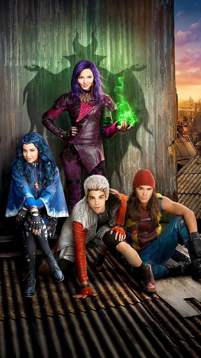 Descendants 2015 Phone Wallpaper Moviemania Descendants 2015 Disney Descendants Movie Disney Descendants