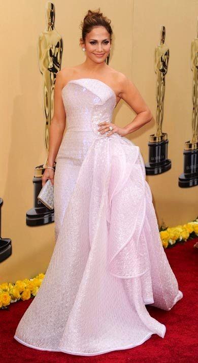 Jennifer Lopez in Giorgio Armani Gown at the 2010 Oscars