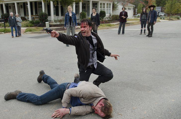Pin for Later: Why The Walking Dead Season 5 Was the Bleakest So Far Rick's Continued Mental Collapse