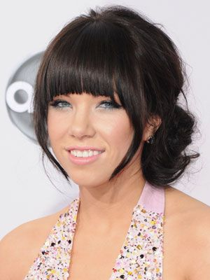 Carly Rae made her baby blues look even bigger with a striking icy-grey shade, but depending on your skin tone (and your dress) you could try green, gold, or purple!
