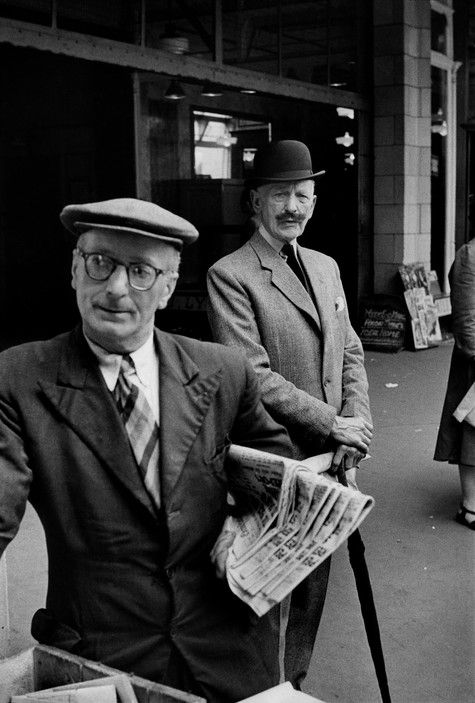 Magnum Photos - Henri Cartier-Bresson // GB. London. 1955.