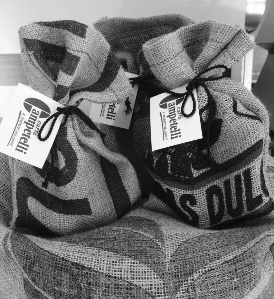 Coffee Campetelli bags juta