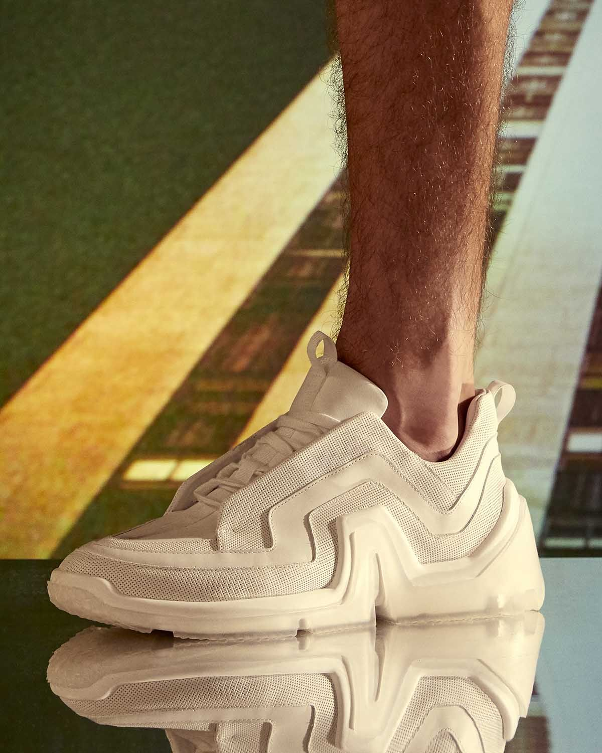 THE SUMMER 2020 VIBE SNEAKER IN WHITE AND CLEAR SOLE ...