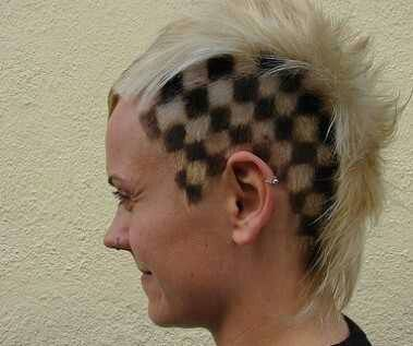 Checkered hair = Awesome