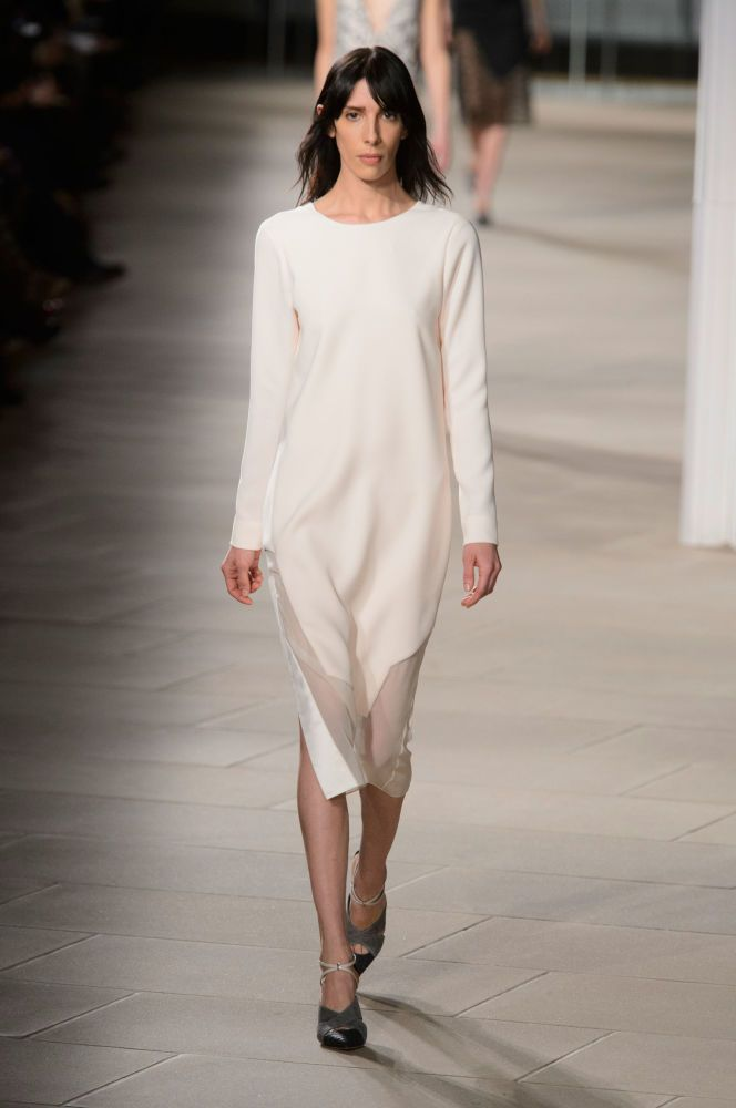 b2ed3c95a0 Luxe Layers and Stellar Casting Take Center Stage at Prabal Gurung ...