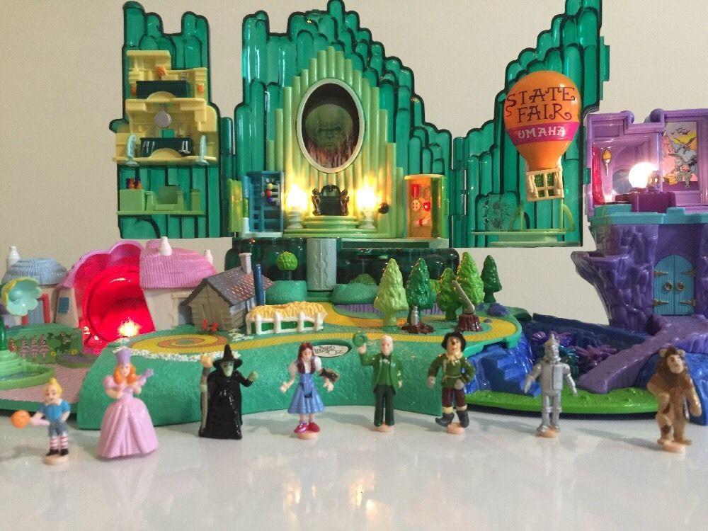 emerald city diorama Google Search City, Halloween