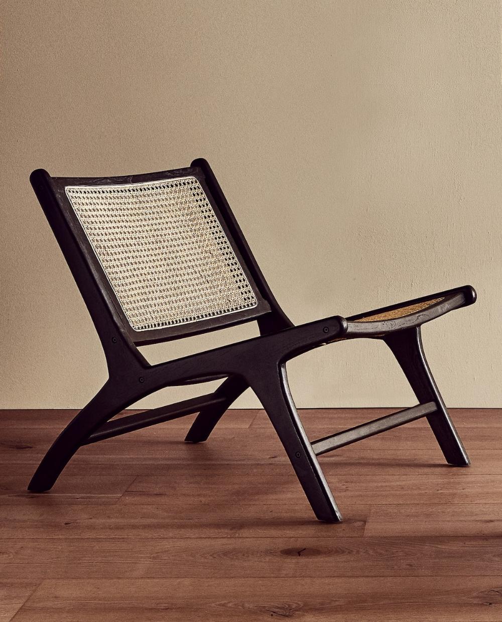 Afbeelding 1 Van Het Product Stoel Van Teakhout En Rotan Rattan Chair Furniture Chair Chair