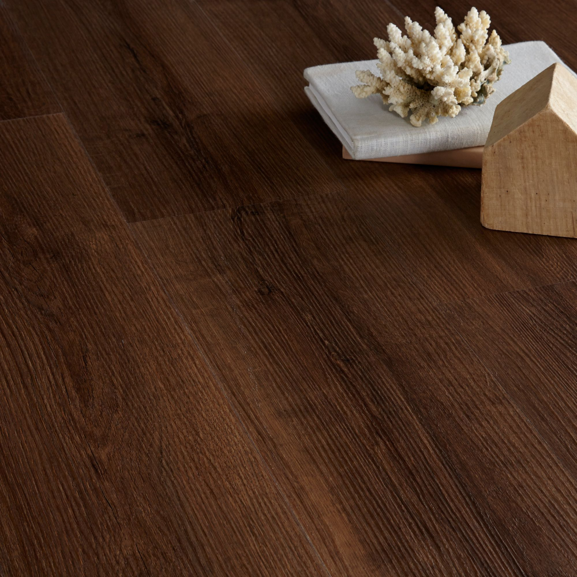 Colours Brown Oak effect Luxury vinyl click flooring 1.76