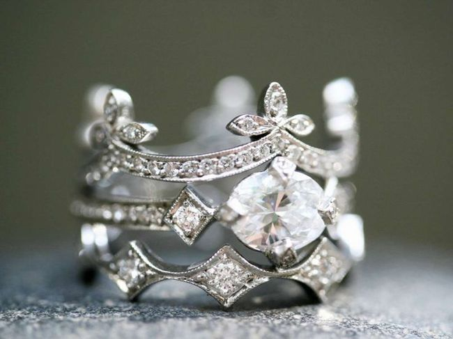 Crown Ring: Labyrinth Ball ✈ Masquerade Wedding Theme
