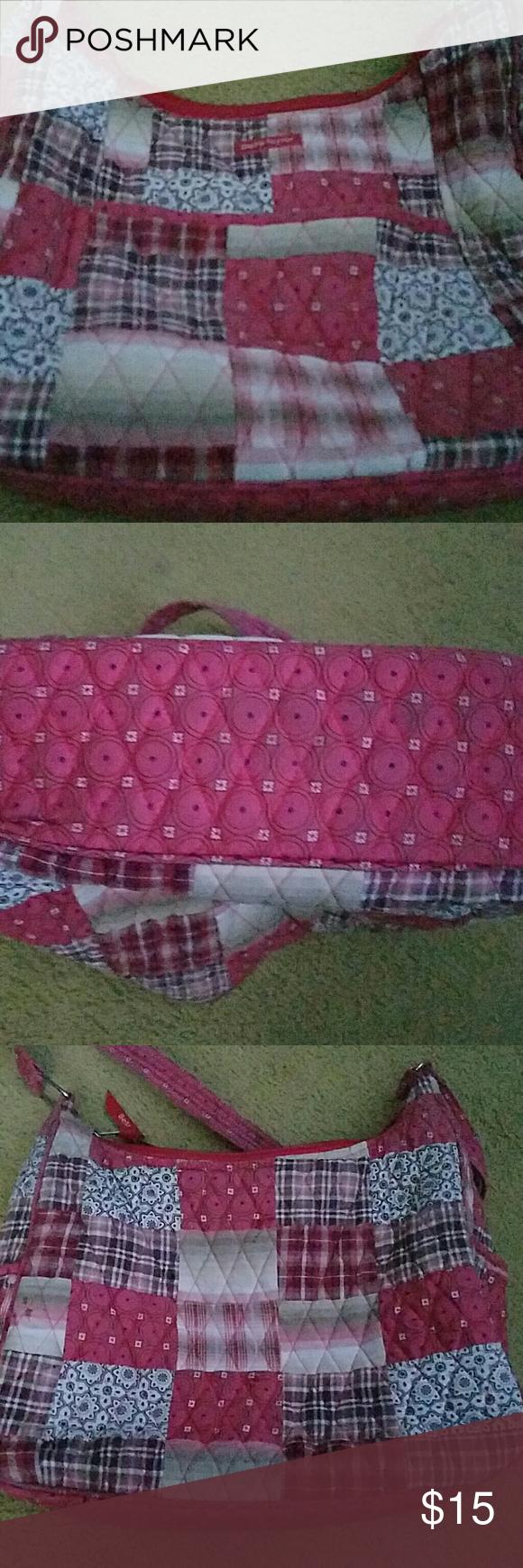 Bella Taylor patchwork purse Used Bella Taylor purse. Has some wear to it. Bella Taylor Bags Shoulder Bags