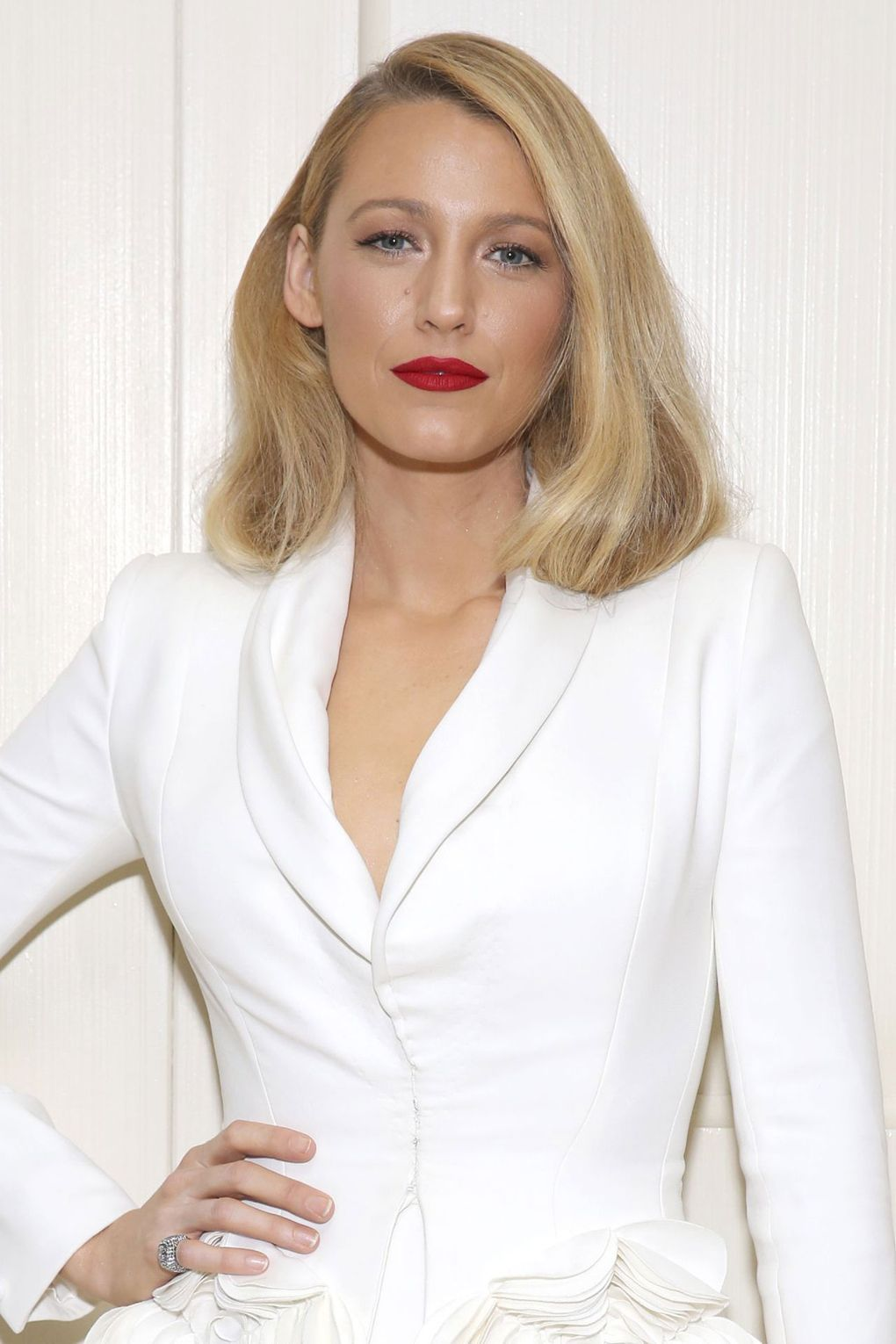Blake Lively: Hair Style File | Blake lively, Faux bob and Bobs