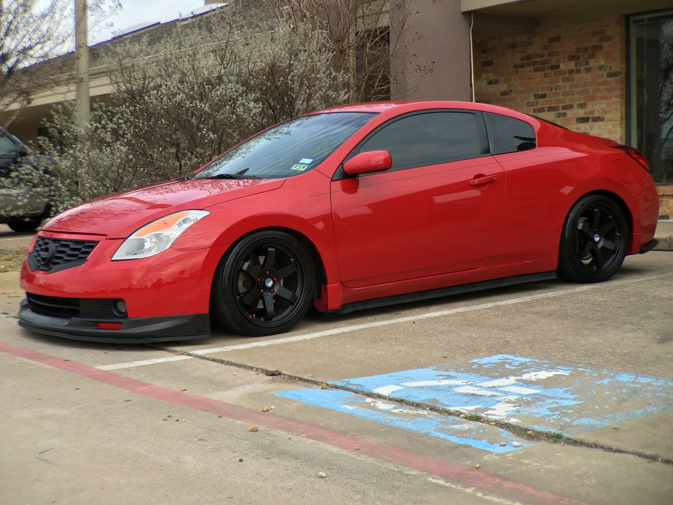 Altima coupe the 3 5L V6 manual version of this is actually a