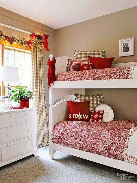 20-Minute Holiday Decor Hanging christmas lights, Bedroom windows