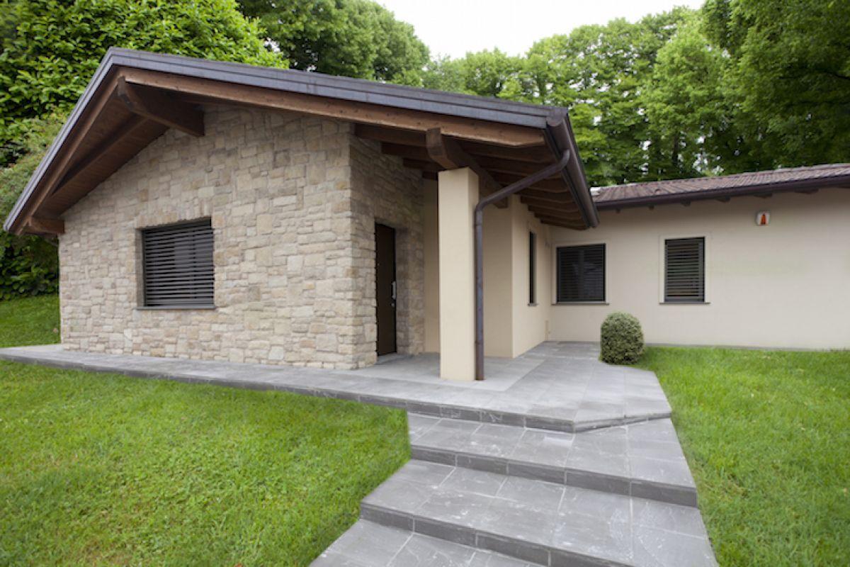 Pin di su case in legno case di legno for Piccole case moderne