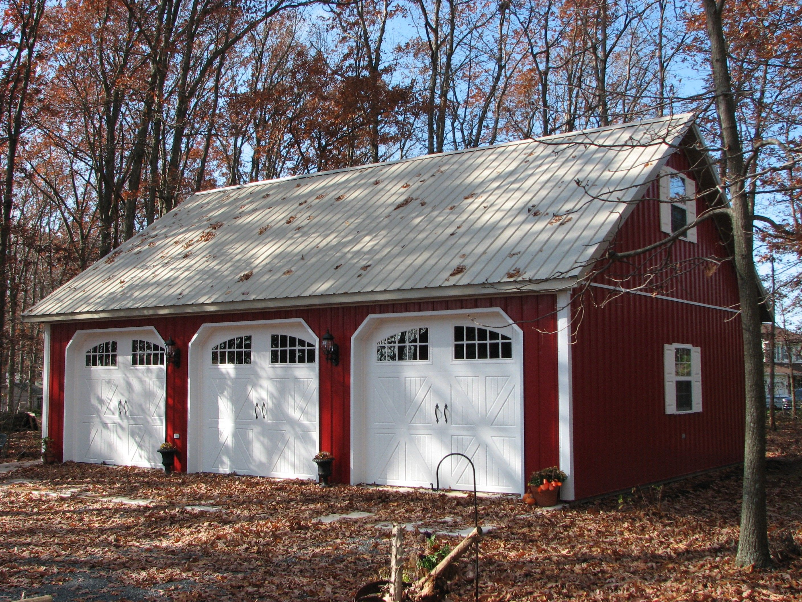 Pole barn style garage pole garage plan house plans for Pole barn home plans with garage