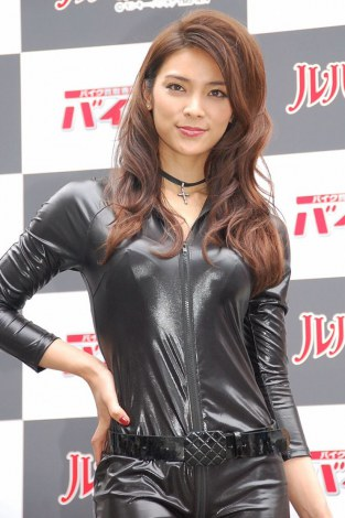 画像 写真 秋元才加 大島優子の おもてなし 演出絶賛 出オチだったけれど 1枚目 ファッションアイデア 大島優子 アジア系モデル