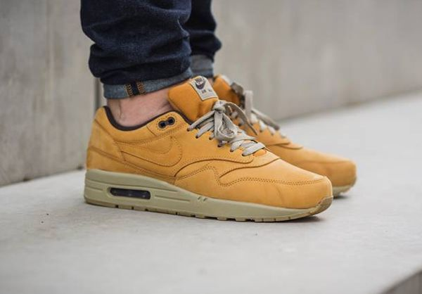 nike air max 90 bronze flax