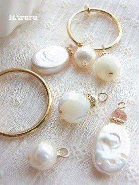 ■付け替えフープイヤリング(pearl!pearl!) 【サイズ:全長約30〜40mm(フープ部分約20mm)、バロックパール約12×10mm、サ... ハンドメイド、手作り、手仕事品の通販・販売・購入ならCreema。