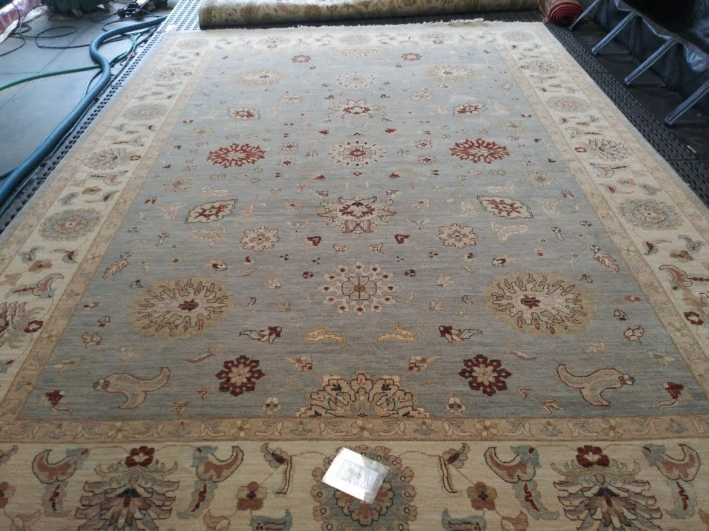 Our Rug Cleaning Winter Park Services Are Some Of Our Busiest We Ve Been Servicing Rugs For Our Custome Oriental Rug Cleaning Rug Cleaning Synthetic Area Rugs