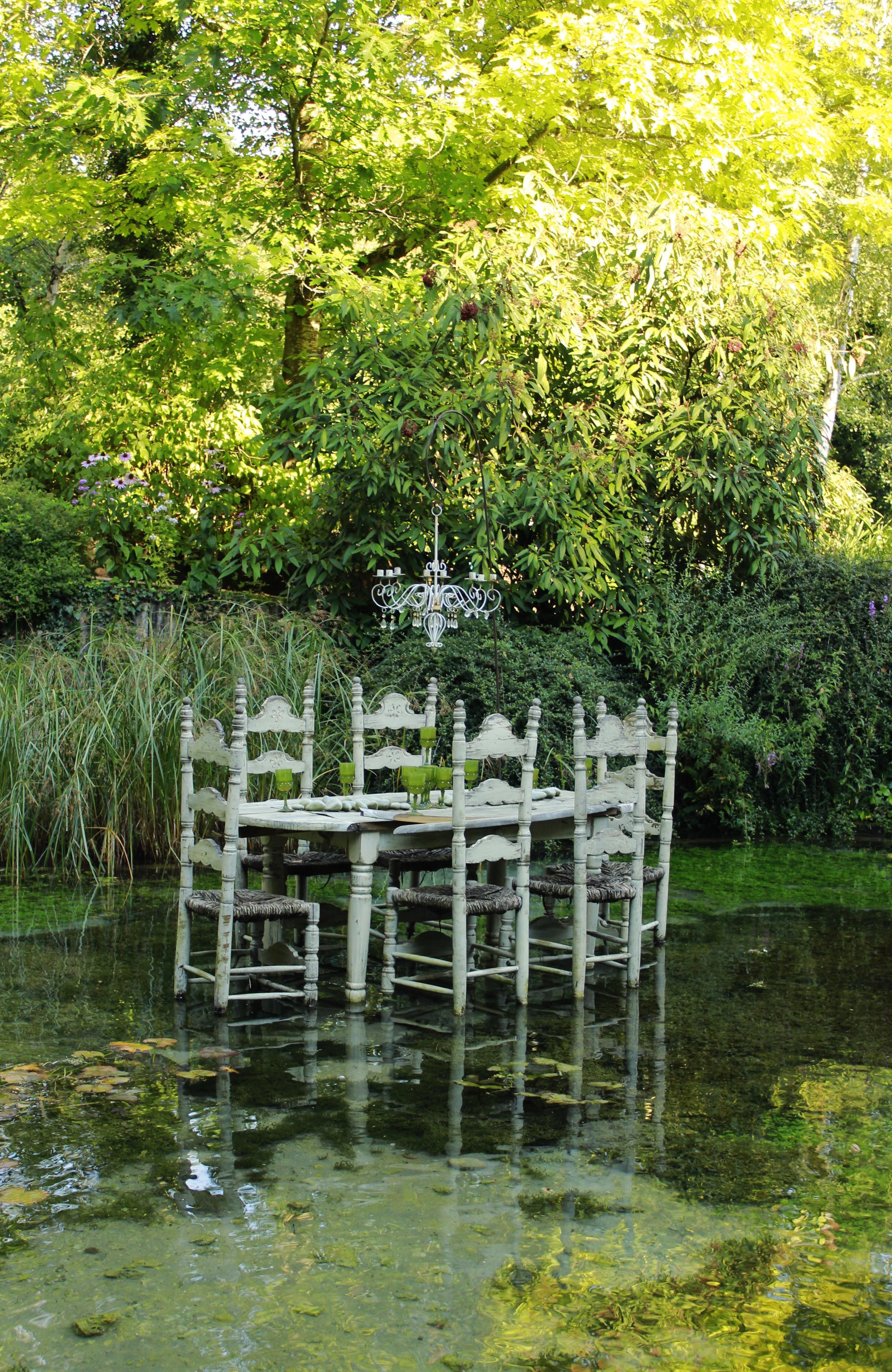 Jardin des fontaines pétrifiantes La S´ne Is¨re France LBF