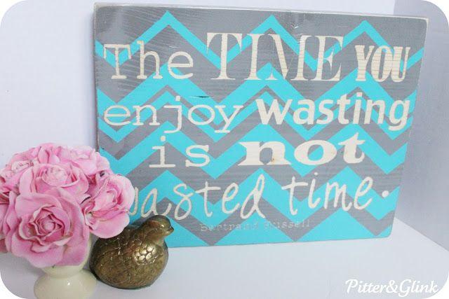 DIY Stenciled Wooden Sign