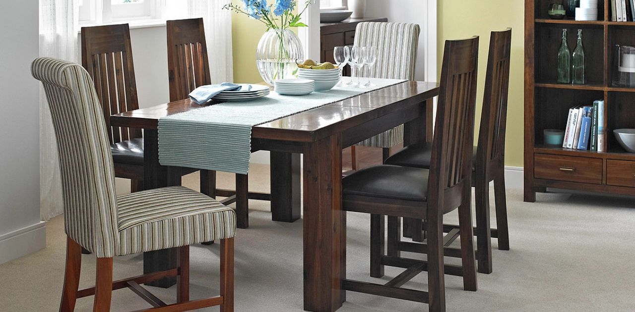 Additional Chairs For Each End Of The Table Furniture