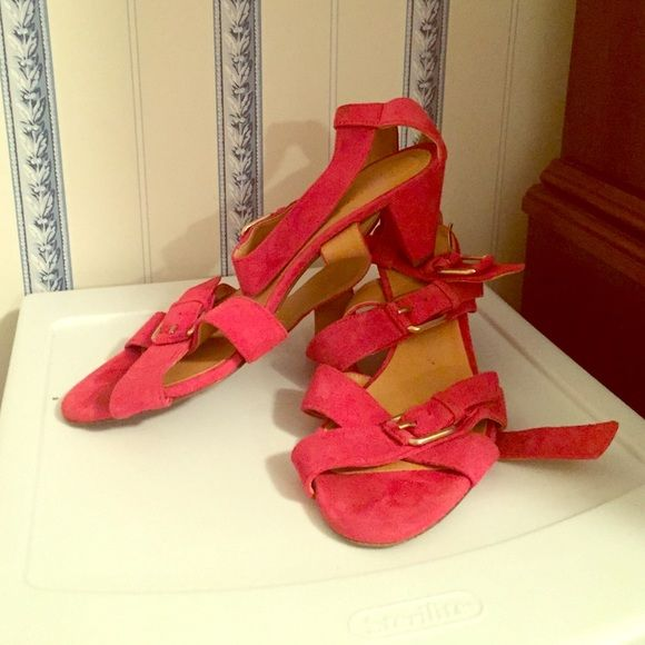 J.Crew suede kitten heel sandals Bright pink suede, strappy sandals from J.Crew, size 8.5.  Signs of wear in footbed and on bottoms.  Straps (the parts you can actually see) are in very good condition though.  Enjoy! J. Crew Shoes Sandals