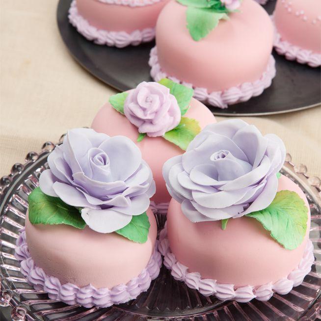 Tea:  Almond Paste-Strawberry Cakes for #tea time (tutorial).