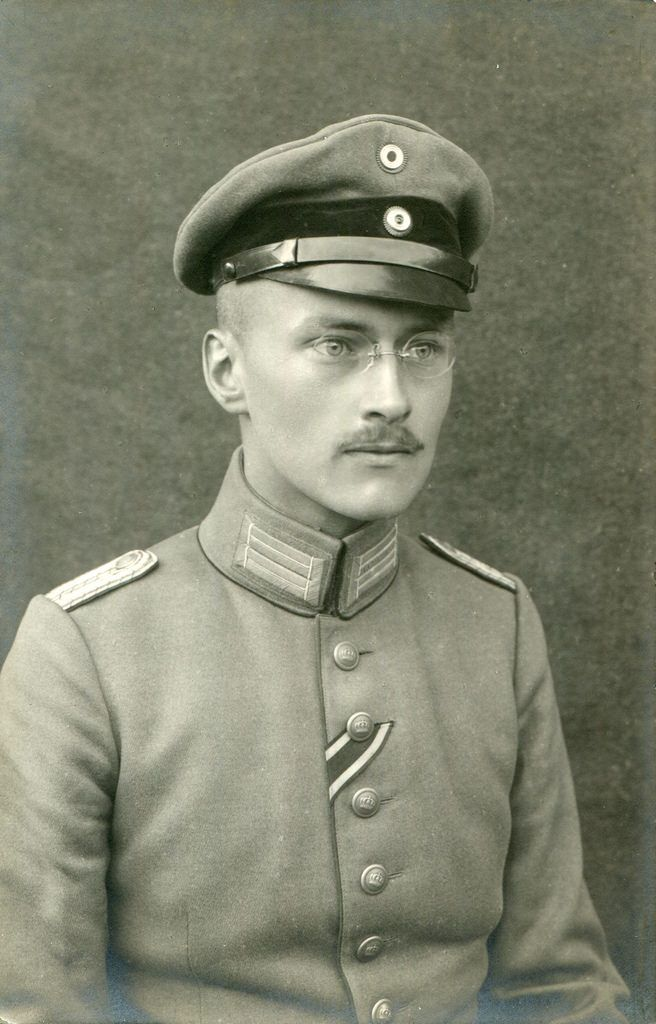 RPPC Portrait of an officer - Germany - 1917