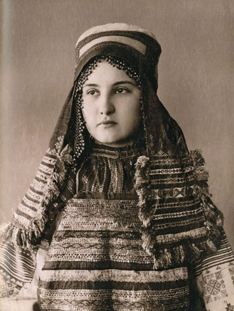Local fashion: Russian beauties of the 19th century in traditional costumes. These photos were taken in the end of 19th century and now are kept in the collection of the Russian Museum of Ethnography. The women on the photos are wearing traditional costumes of different regions of Russia. And though you can see many regional differences in the outfits there are two similar basic elements - sarafan and kokoshnik.