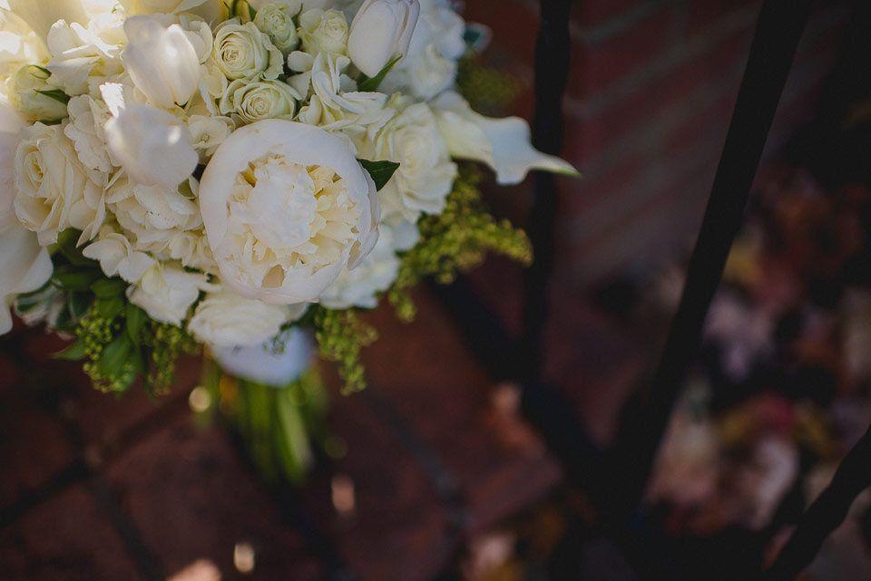 https://flic.kr/p/KWABsJ | 02_Oxford_Mississippi_Wedding_Photography #PEONY #WHITEWEDDINGBOUQUET #OXFORDFLORALCOMPANY #WHITEPEONY #PEONIES