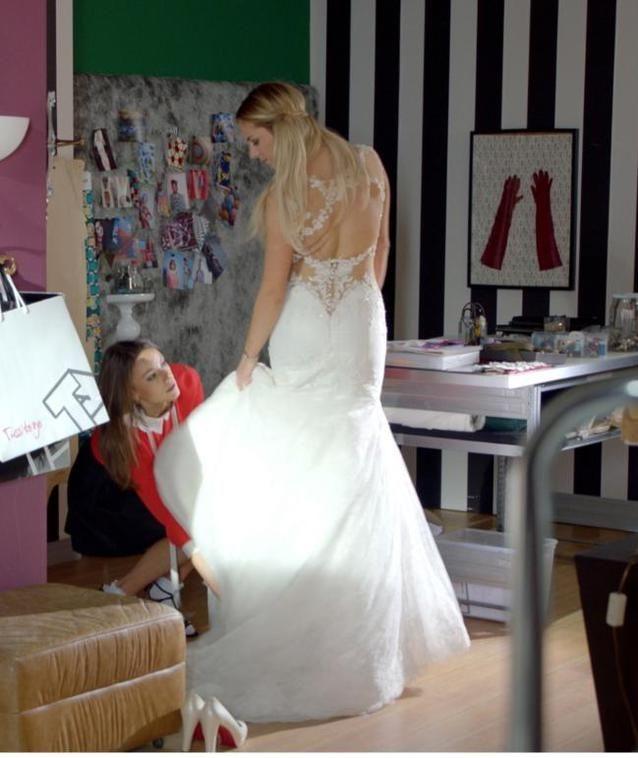25 Jahre GZSZ: Sunny probiert ihr Hochzeitskleid!