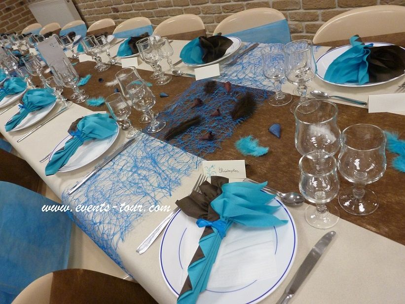 Photo table d co de table bleu turquoise marron 821 for Decoration de table bleu turquoise