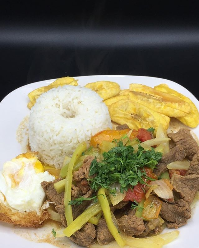 Pepper steak with Latin twist made with extra love because its finally the weekend  Pepper steak with Latin twist made with extra love because its finally the weekend  . . . .