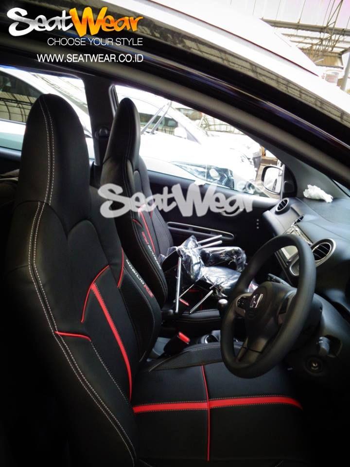 Sarung Jok Seatwear Honda Mobilio Only IDR 3,450,000  Kelebihan Seatwear dibandingkan produk lain? - SeatWear menggunakan Kulit PU Import  - Memakai Busa 10 ml - Hasil Seperti Paten - Garansi 2 Tahun * - Pemasangan cepat tanpa bongkar jok  - Teknisi pemasang profesional - Gratis Pemasangan untuk wilayah JABODETABEKKAR Untuk Pemesanan bisa menghubungi sales kami : HP : 082122623568 / 089671840999 BB : 7DD1372F / 5C512035  www.seatwear.co.id cs@seatwear.co.id