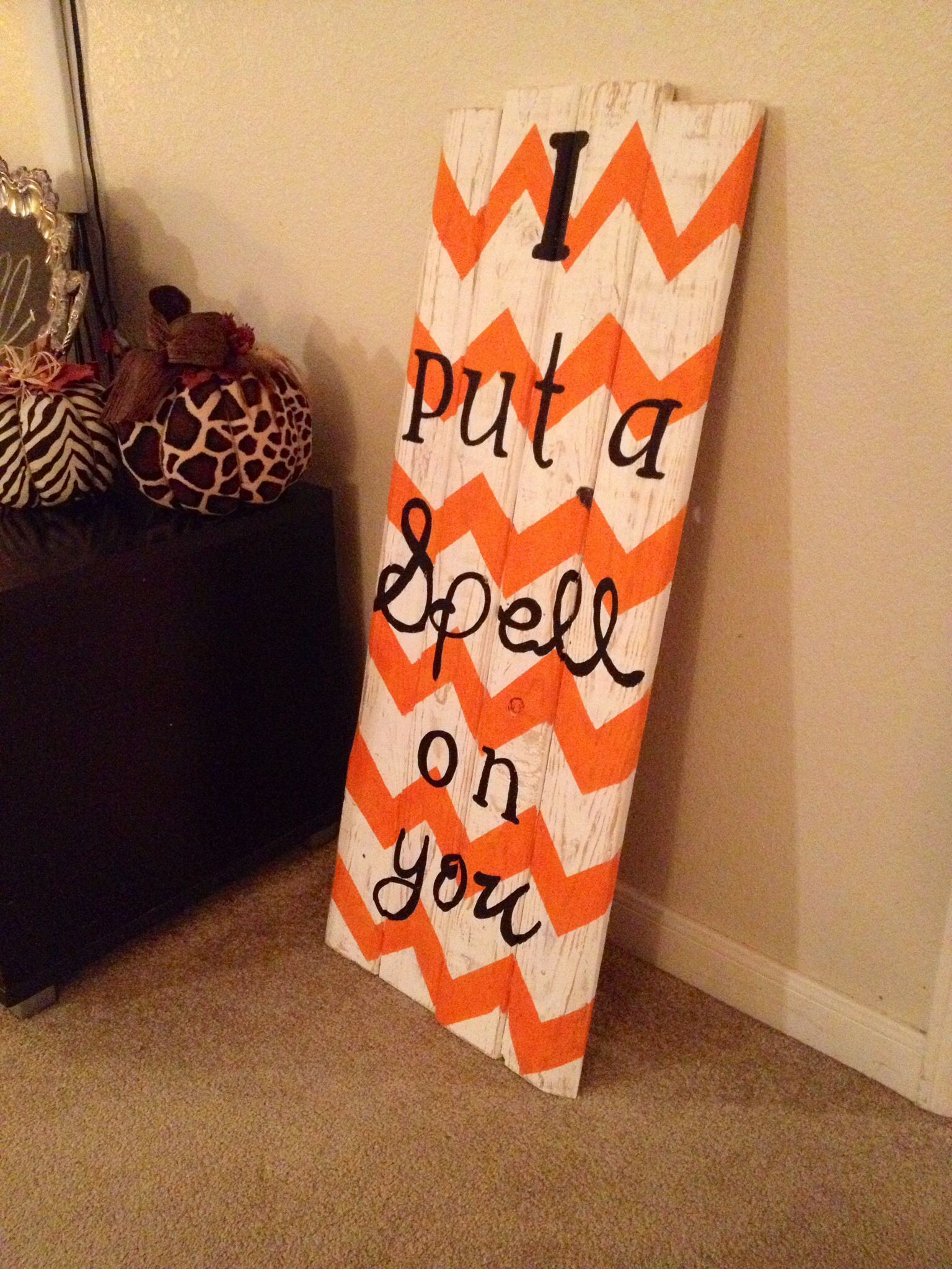 Hocus Pocus Chevron pallet sign | It\'s Fall Y\'all | Pinterest ...