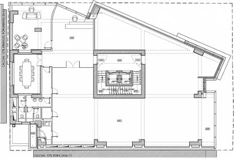 Planos de edificio de oficinas por arquitectos igloo for Oficinas planta arquitectonica