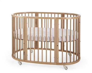 A unique oval crib that expands (with extension kit) with your baby to meet their changing needs & size. Scandinavian design for your child´s nursery. 0-10yrs.